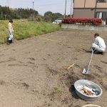 堂ヶ山町の水田での土壌調査(1) 測量